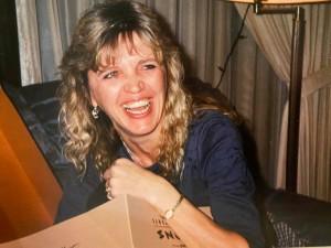 Loretta Smiling Solo